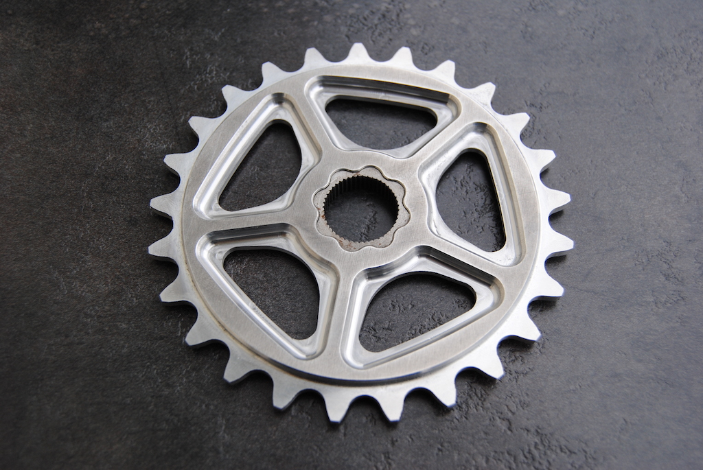 New Shape bicycles sprocket - Spline version