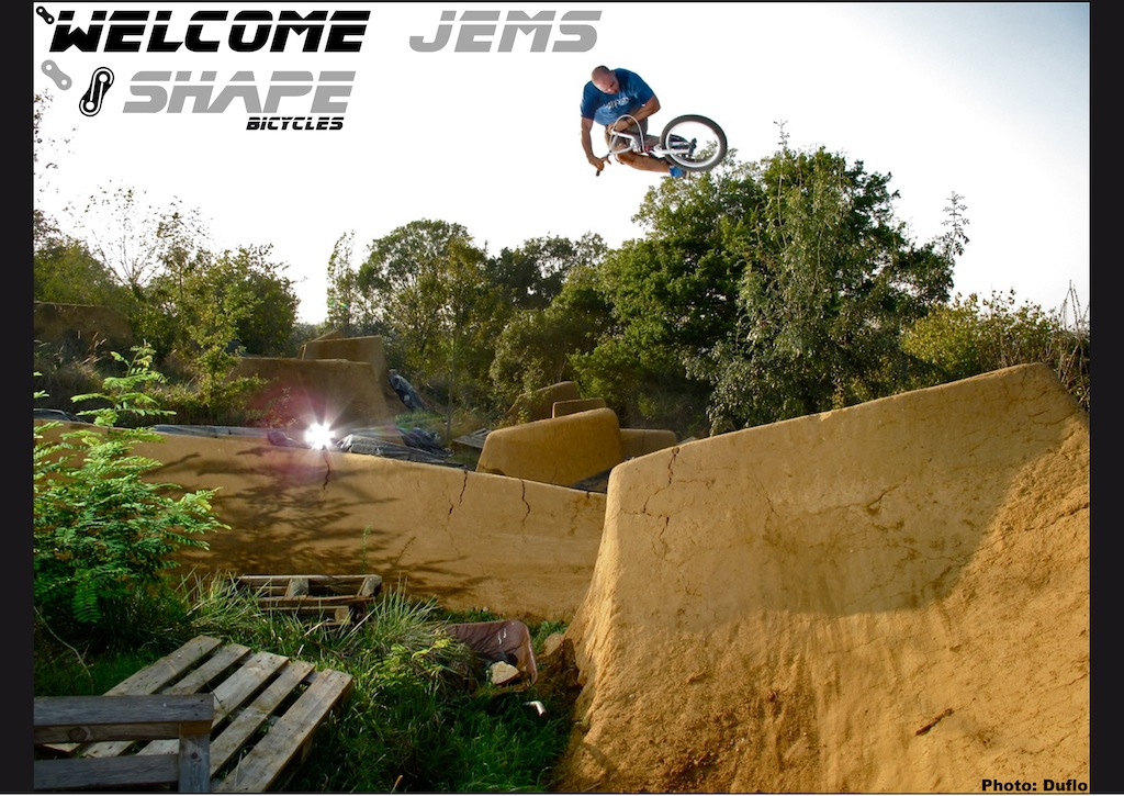 Welcome to the Shape bicycles team Jérémy Muller